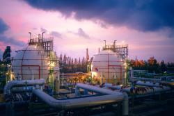 bigstock-Gas-Storage-Sphere-Tanks-In-Oi-248517886.jpg